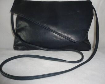 Pre-Owned Midnight Blue Leather Shoulder Bag********.