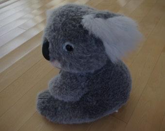 "Stuffed Koala Bear 14"" Korea 1995 - flawless state"