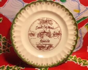 Vintage Sault Ste. Marie souvenir plate-Canada, 22k gold