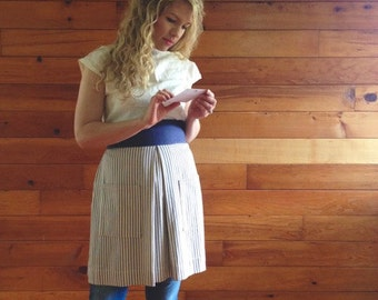 striped linen apron with pockets / women's apron / kitchen / hostess