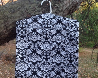 Clothes Pin Bag - Black and white