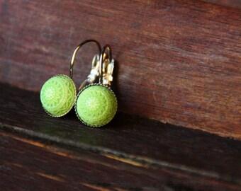 Green mosaic earrings, 10 mm, silver