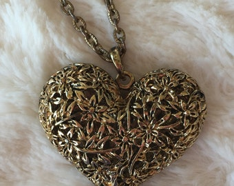 Large Filigree Floral Heart