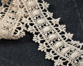Vintage Ivory Embroidered Lace Trim, 1-3/4 Inch by 1 Yard, TR-10976