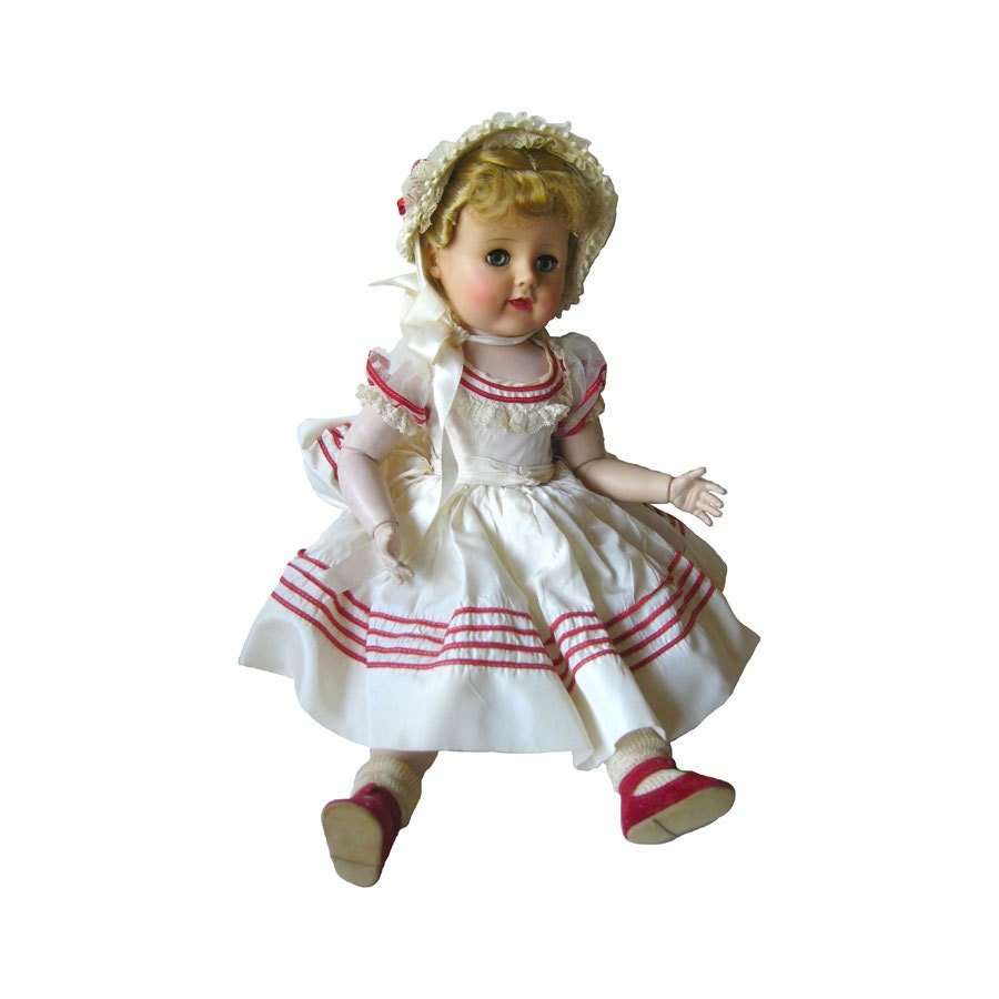 Madame Alexander Madeline Doll 18 Inch Ball Jointed Doll In
