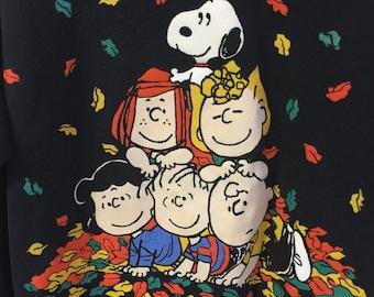 Charlie Brown Snoopy Peanuts Sweatshirt