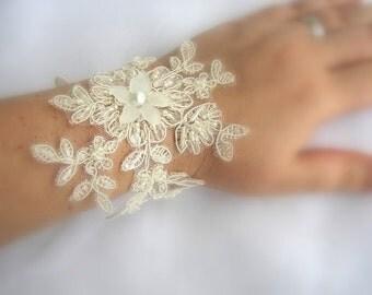 Wedding Wrist Corsage - Ivory Cream Lace Bracelet - Mother of Bride Groom - Bridal Cuff Bracelet - Wedding Lace Wristlet - Bridal Jewelry