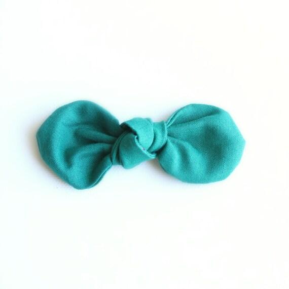 Jade Fabric Bow : Knotty Gal Style on a Clip or Nylon Headband  // Machine Washable