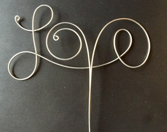 "Wire ""Love"" Cake Topper"