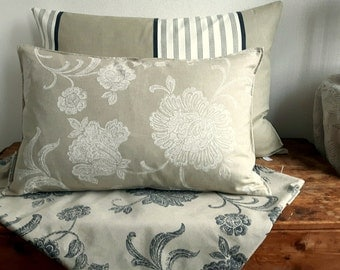 Rustic pillowcover set stripes and flowers