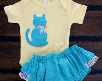 Organic baby clothes /Girl bodysuit/Girl 0-3 months / Organic ruffled bloomers/ Cat baby clothes / Organic baby clothes