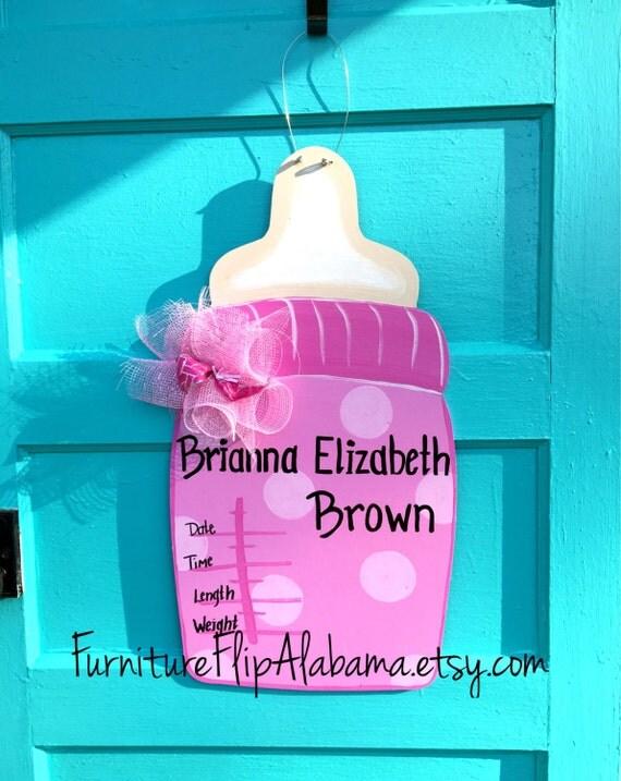 Hospital door hangerits a girl baby bottle door for Baby girl hospital door decoration