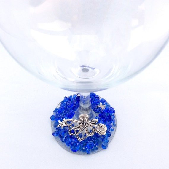 Octopus Diamond Wine Glass. Deep Blue Sea.