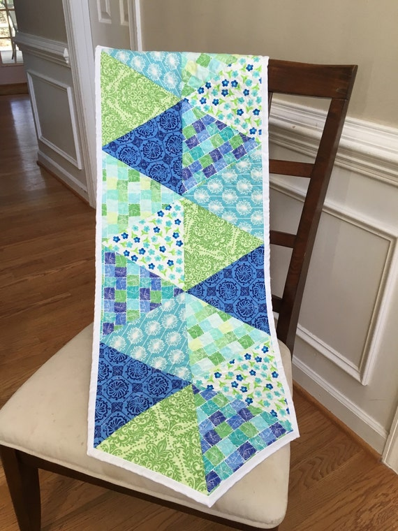 Quilted Spring table runner, triangle table runner, Reversible quilted modern table runner