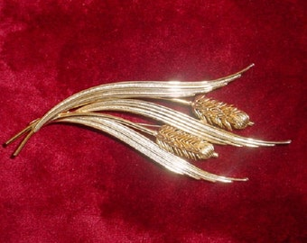 Vintage Articulated Wheat Brooch