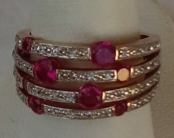 Vintage 925 split band ring, with rows of clear and color crystals