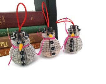 Book Art Snowman Christmas Hanging ornament set of 3 decoration Upcycled handmade frosty small size