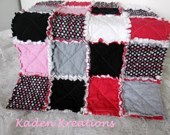 Mini Rag Quilt, Newborn Blanket Prop, Layering Photograhy Props, Girl rag Quilt, Pink Black and Gray Rag Quilt, Baby Doll Rag Quilt