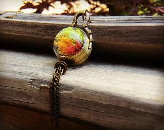 Steampunk Terrarium Necklace, bronze pendant, reindeer moss pendant