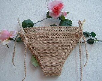 Ecru crochet cotton briefs-Costume crochet triangle-hippie chic Slip with lacing and beachwear boho