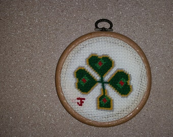 READY TO SHIP Fancy Shamrock Hanger