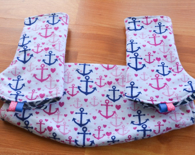 Lillebaby Reversible Drool Bib, Top Bib, Lillebaby Accessories - Heart Anchors & Navy Chevrons