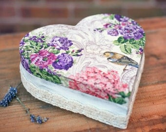 Jewellery heart box, Romantic handmade wooden box, Heart box, Romantic jewellery box, Wooden heart, Decoupaged box