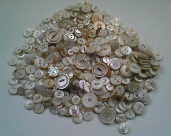Vintage mother of pearl buttons 7.40 oz