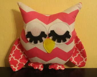 Pink chevron/lattice print stuffed sleepy owl/pillow