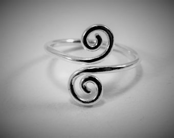 Sterling Silver Wire Ring / Flexible Ring / Great for large knuckles