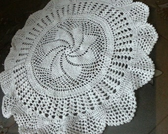 crochet tablemat