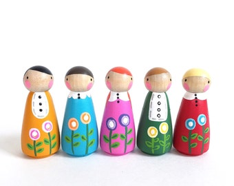 "2"" peg dolls play set 5 - Set of 5 poppy peggies with felt sleeping bag // wooden peg dolls"