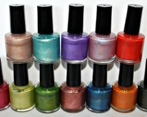 Holographic Nail Polishes - Choose Your Shade!