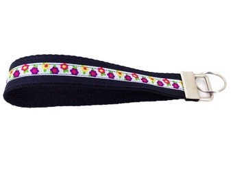 Fabric key wristlet, Boho key wristlet, Fabric fob, Fabric key chain, Floral key ring, Key lanyard, Wristlet fob, Wristlet key chain