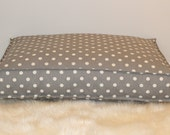 Handcrafted medium cat or dog bed. Size 26x34. Style: Polka Dot