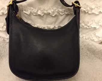 Vintage coach black leather shoulder bag
