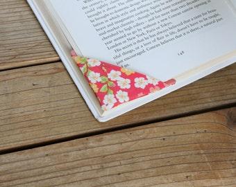 2 corner bookmarks - Flowers