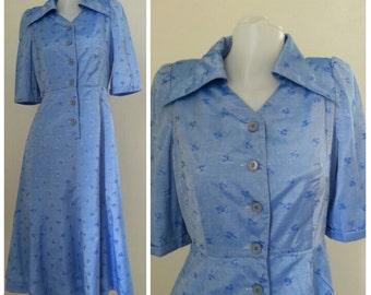 Vintage Silk print Dress Size Medium.