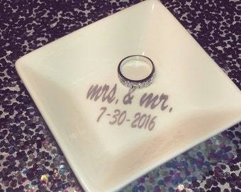 Customized Engagement and Wedding Ring Dish