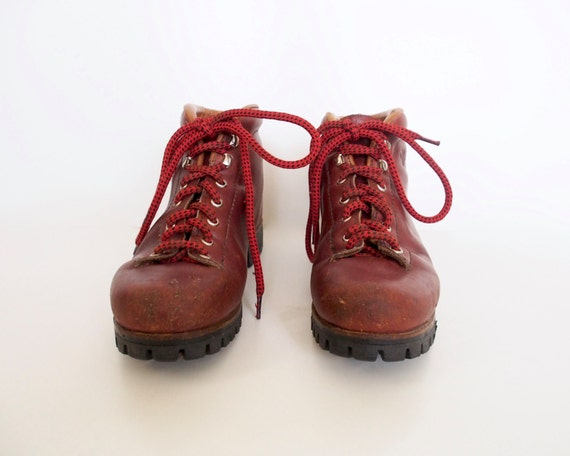 vintage vasque hiking boots. Black Bedroom Furniture Sets. Home Design Ideas