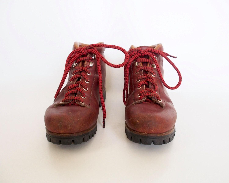 vintage vasque hiking boots. Black Bedroom Furniture Sets. Home Design Ideas