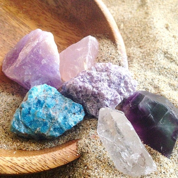 Healing Crystal Set Beginner Set Raw Crystal Kit Crystals and Stones Raw Amethyst Crystal Assortment Rough Crystal Collection Bohemian Decor