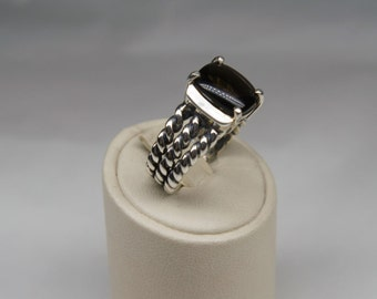 Silver and fumè quartz ring