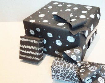 Valentines day / Birthday Blackboard / Chalkboard wrapping paper gift wrap
