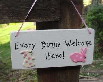 Easter Sign - Personalised Easter Sign - Easter Bunny - Easter Plaque - Easter Decor - Happy Easter -Easter Egg Hunt