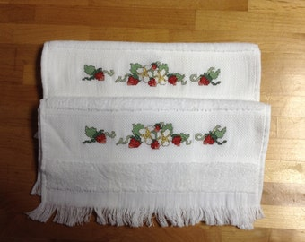 Strawberry hand towels