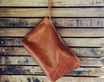 ROSELLA tan leather clutch