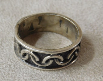 Sterling Silver Band Ring from Mexico  Size 10 3/4