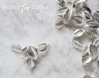1pc ∙ High-shine Silver 5 Leaves Connector Detailed Leaf Pendant Jewelry Supplies