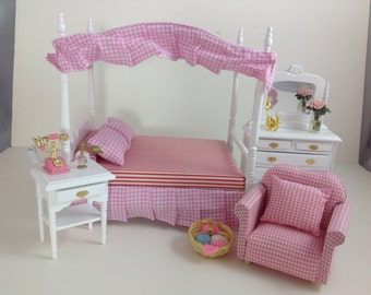 Dollhouse Miniature Wood Furniture Pink Cloth/White Bedroom Bed/Sofa/Stand 1:12 NO ACCESSORIES